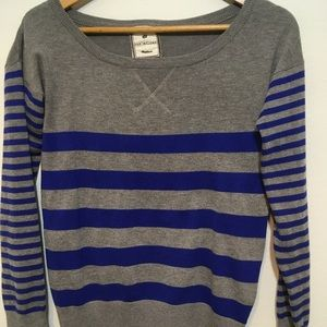 Women's fitted sweater top